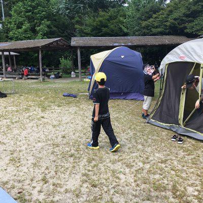 山添村キャンプ1日目テント設置