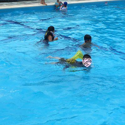 山添村キャンプ1日目プール水泳
